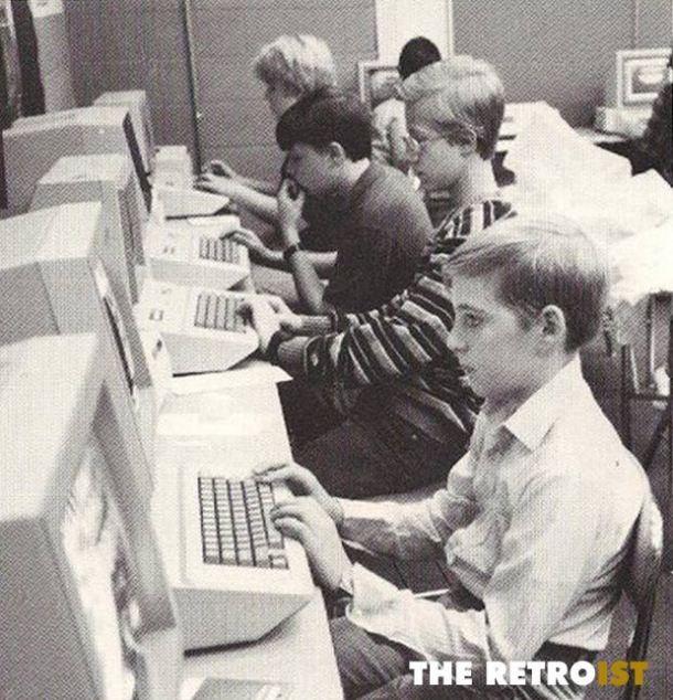 Aula de ordenadores. Mediados de los 80s